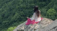 90后女孩逃离城市隐居深山: 结婚生子没有什么意义!
