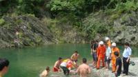 大人带4孩子去钓鱼 其中3孩子不幸溺亡