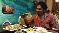 印度人来中国旅游, 见外国人都使用中国筷子, 直呼受不了!
