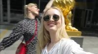 两个外国女孩, 在中国逛无人便利店太先进了