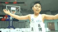 背后运球过人神似麦迪, 你敢相信这是中国的12岁小学生?