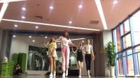 【NANA】四个长腿小姐姐们练习室《solo》一下