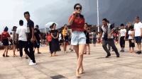 第一次七夕《外出跳尬舞太尴尬了》青青世界广场舞