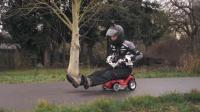 老外爆改儿童玩具车, 3秒加速到70公里, 没刹车要怎么停下