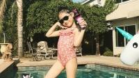 八卦:李安琪晒儿女近照 奥莉泳装秀小长腿