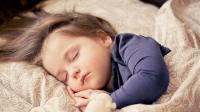 剪单教育: 孩子睡觉时, 到底该不该开空调