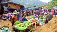 中国人到越南, 实拍越南大山农村人怎么赶集? 环境不是一般的差!