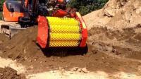 挖掘机装这配件一天筛840吨原土, 开发商省一大笔钱那房价能降不?