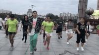 广场鬼步舞《我的女朋友》, 大家一起跳, 现场嗨到爆