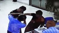 男子玩网购手铐被铐住民警帮他取下拘留3日