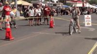 世界最难骑的自行车, 能骑走10米奖200美金, 至今没人挑战成功