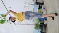静儿广场舞《斯卡拉》44步摇跨步子舞手机版