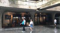 上海1933老场坊一楼, 清水混凝土的空间, 顿时进入迷宫般的感觉