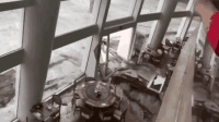 深圳一酒店遭强风雨 大门冲垮海水倒灌