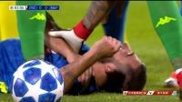 【受伤】马林角球直达中路 阿尔比奥尔争顶被冲撞倒地不起