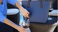 自带水龙头的包包, 随时随地都能喝两口, 女酒鬼的最爱