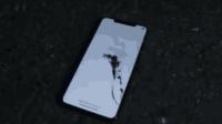 iPhoneXs Max首碎! 小哥还没开售就摔爆一块屏幕