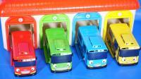 泰路小巴士的红蓝车库汽车玩具