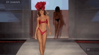 Baes & Bikinis 2018 迈阿密泳装秀, 这件比基尼好性感!