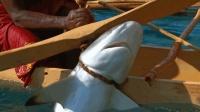 仅存的几位动物召唤师之一, 而他是鲨鱼召唤者, 看完让人无比敬佩