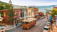 美国奇葩小镇: 法律禁止上街穿高跟鞋, 为何?