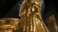 一部炫酷的魔幻电影, 几十吨重的黄金雕像, 巨龙见了都眼馋!