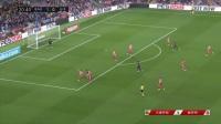 西甲-朗格莱肘击染红梅西皮克破门 巴萨2-2赫罗纳