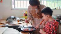 江西六毛: 侄子喜欢吃火腿肠, 烫嘴都不怕, 看农家媳妇怎么应对!