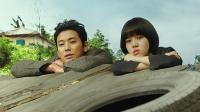 拍韩国人下地狱的电影拿了影史票房第二, 观众都疯了!