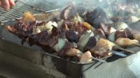 蒙古牧民羊尾油烤牛肝
