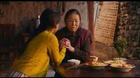 《我在路上最爱你》  张少华演疯奶奶 敬业吃起掉桌上菜
