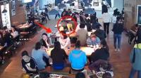 女子在吃饭时手机被偷走 女子希望归还里面全是孩子的照片