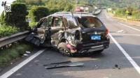 司机低头捡手机肇祸 后排乘客飞出身亡