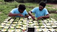 印度牛人间的比拼: 每人35个煎蛋, 看谁先吃完, 会不会吃吐