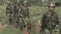 """央视曝光新疆反恐画面! 特战队员被暴恐分子刺中后上演""""反杀 """""""