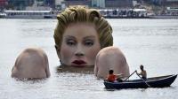 """""""巨人美女""""出现在湖中, 引众人围观, 当地区长为何强烈反对?"""