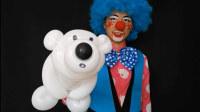 气球君用两条气球快速折出呆萌可爱的北极熊