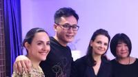 八卦:刘烨合影朱丽叶·比诺什秒变迷弟开心