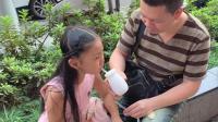 """上海城隍庙, 15元一瓶的""""上海老酸奶"""", 和普通酸奶没什么区别啊"""
