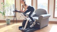 藏在沙发中的健身器, 想锻炼时拉出来, 秒变动感单车和卧推椅