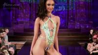 LilaNikole比基尼走秀2019纽约时装周, 花式连体泳衣, 性感妩媚妙不可言!
