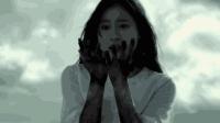 一部根据真实事件改编的电影《跨越八年的新娘》, 美女突然梦魇!