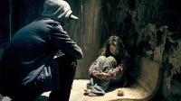 少女被绑架囚禁小黑屋, 12年后重返家庭, 却对家人一一进行复仇