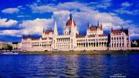 多瑙河两岸 一边布达一边佩斯 游轮乐游匈牙利