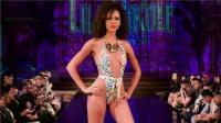 LilaNikole比基尼走秀2019纽约时装周, 这泳装真好看, 模特真性感!