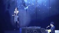 林俊杰演唱会上弹唱《她说》, 孙燕姿来给助阵, 真的很给力