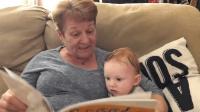 苏格兰奶奶念绘本, 口音魔性又搞笑