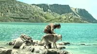 远古少年与狼为伴 一起踏上返乡之路