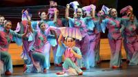 短扇舞《幸福的日子美滋滋的过》