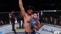 """UFC生涯第21胜、第15次终结 """"牛仔""""赛罗尼十字固独占历史纪录"""